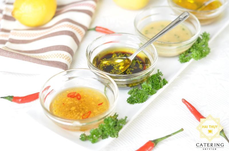 Bạn là fan ruột của món salad trộn dầu giấm, nhưng cách pha dầu giấm của bạn đã ngon đúng chuẩn chưa ?