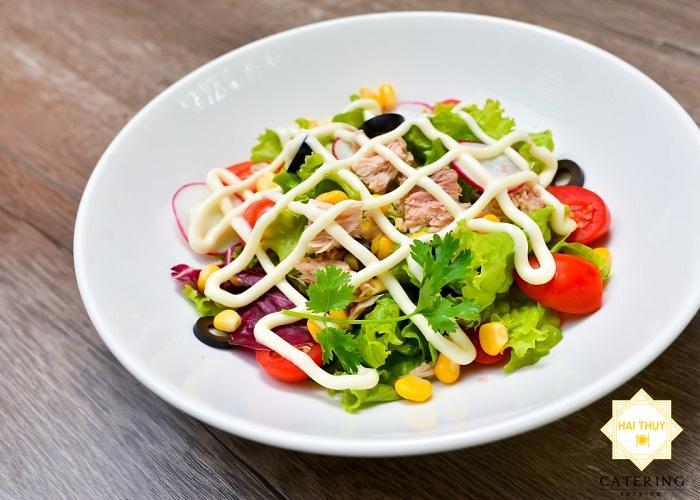 Salad cá ngừ đại dương