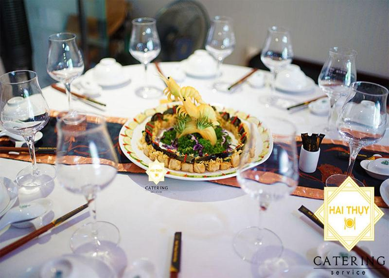 Sở hữu buổi tiệc hoàn hảo và chuyên nghiệp với dịch vụ nhận đặt tiệc tại nhà Hai Thụy Catering