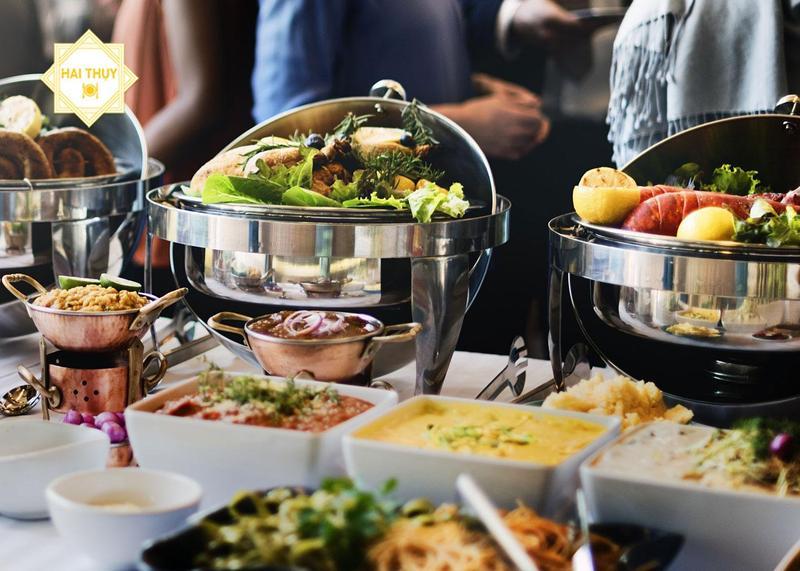 """Đặt tiệc buffet khai trương - Mảnh ghép mới lạ dành cho """"đứa con tinh thần"""""""