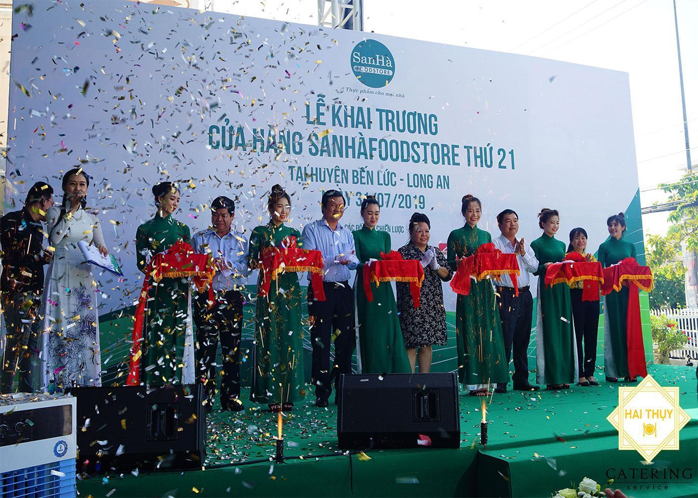 Tổ chức tiệc khai trương cửa hàng thứ 21 San Hà Food tại Bến Lức - Long An