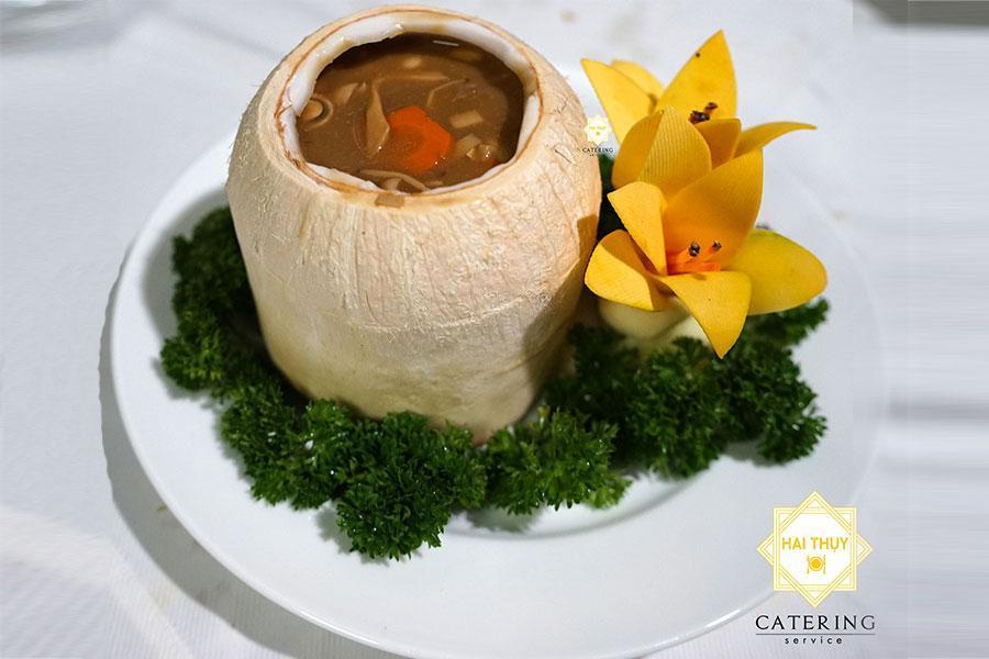 Món Dừa ấp nấm