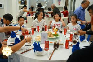 Niềm vui lan tỏa mọi không gian và cho từng thành viên trong gia đình