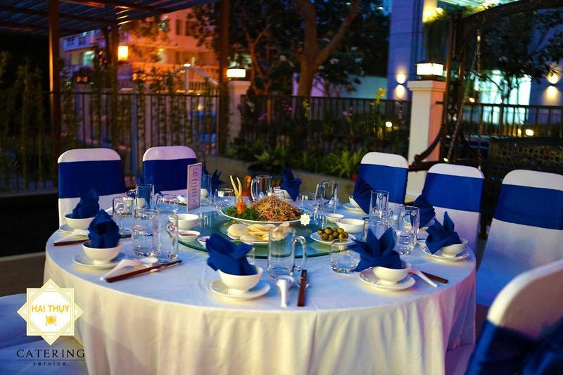Tổ chức tiệc tân gia tại nhà chị Hà ở Biệt thự Mỹ Văn 2 - Hai Thụy Catering