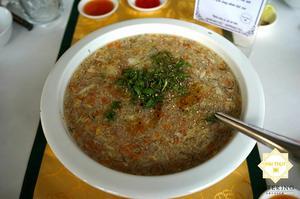Món Soup sò điệp Tóc Tiên