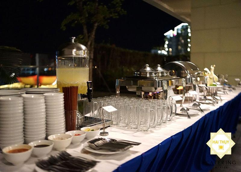 Tiếp đãi đoàn du lịch Thái Lan sang Việt Nam tại khu đô thị Sala - Tổ chức tiệc buffet quận 2