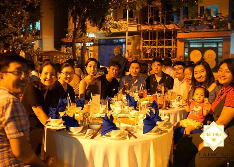 Tiệc liên hoan tại công viên Bình Lợi – Dịch vụ nấu tiệc quận Bình Thạnh