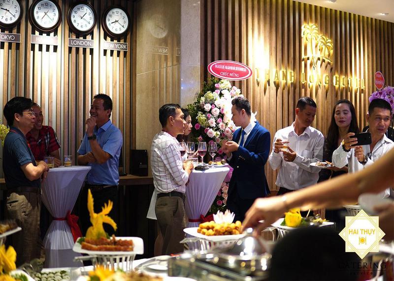Tăng đoàn kết, tạo thành công với dịch vụ đặt tiệc buffet tại công ty Hai Thụy Catering