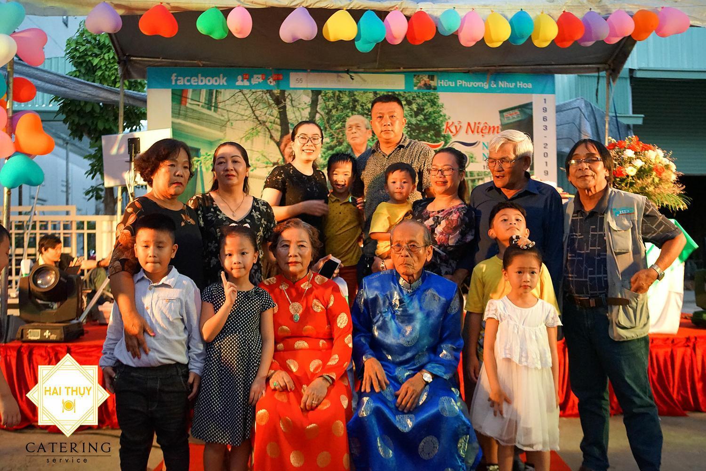 Tổ chức tiệc tận nơi Quận 9 – Đám cưới Ngọc Bích của cha mẹ