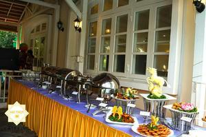 Đội ngũ Hai Thụy luôn chú trọng sắp xếp cách bài trí buffet sao cho hợp lý và thuận tiện nhất