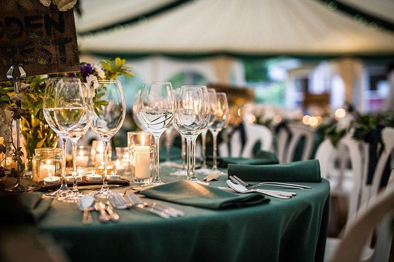 Tiệc cưới outside – Sở hữu buổi tiệc cưới cổ tích như mơ ngoài đời thực