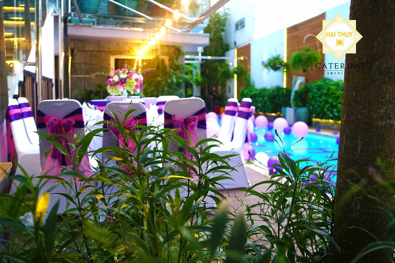 Khu vực sân chính - Nơi giành riêng cho khách của chủ nhân buổi tiệc sinh nhật - Minh Trang