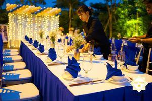 Dù là trước tiệc hay trong tiệc, kể cả là sau tiệc Hai Thụy luôn phục vụ bạn tận tâm
