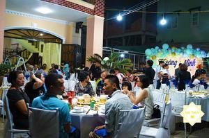 Đội ngũ nhân viên phục vụ - nắm vai trò quan trọng của sự thành công trong các bữa tiệc