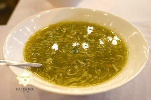 Soup Ngọc Bích nóng hổi, thơm ngon