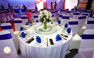 Một bàn tiệc được Hai Thụy Catering set up tinh tế và sang trọng