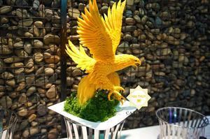 Hai Thụy catering gửi gắm lời chúc ý nghĩa qua món ăn và tác phẩm trang trí