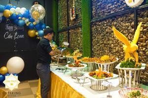 Không gian bàn tiệc buffet