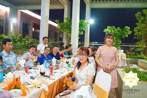 Tổ chức tiệc tân gia nhà chị Trinh tại khu BBG, chung cư The Pegasute Quận 8