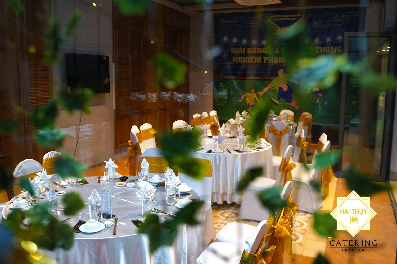 Cùng Hai Thụy Catering lên kế hoạch tổ chức tiệc liên hoan công ty Trúc Nghinh Phong
