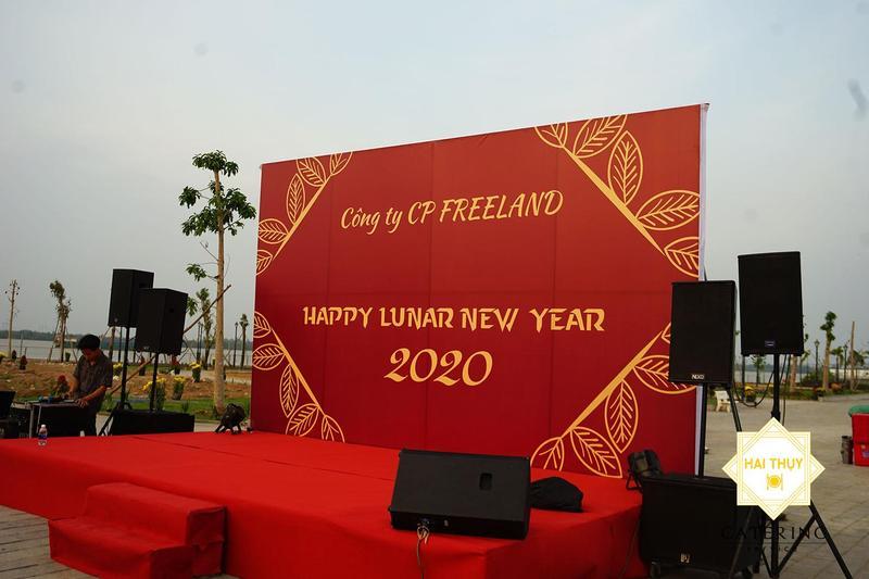 Tổ chức tiệc liên hoan văn phòng hoàn hảo tại công ty Freeland