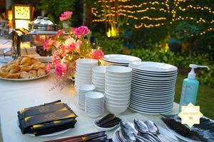Cùng Hai Thụy Catering tổ chức tiệc buffet tại biệt thự sân vườn - Quận 2