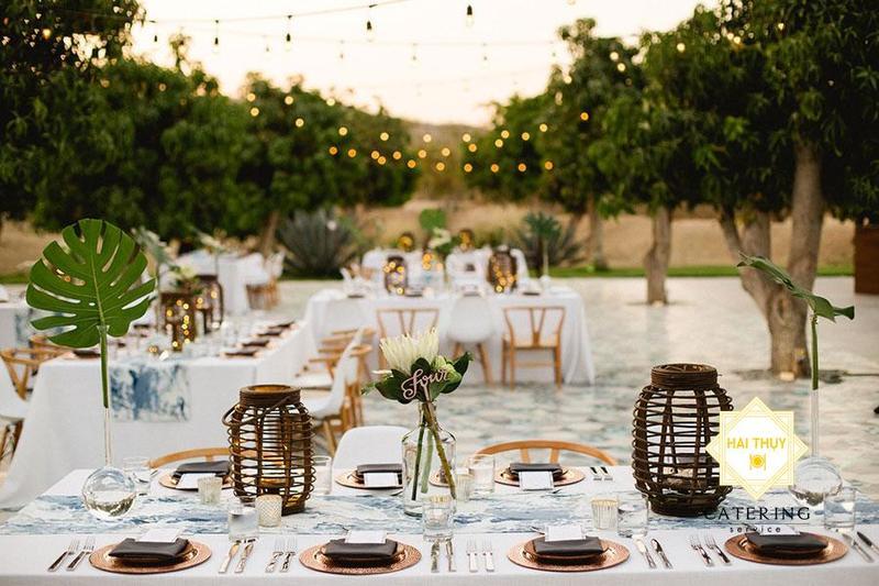 Thăng hạng hạnh phúc khi tổ chức tiệc cưới ngoài trời Hai Thụy Catering
