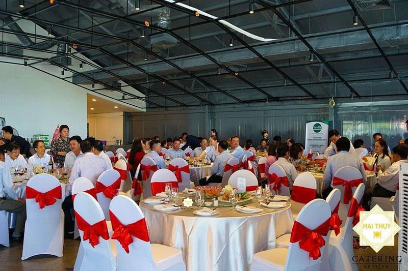 Đặt tiệc tân niên 2021 thịnh soạn - Khai xuân đón lộc Hai Thụy Catering
