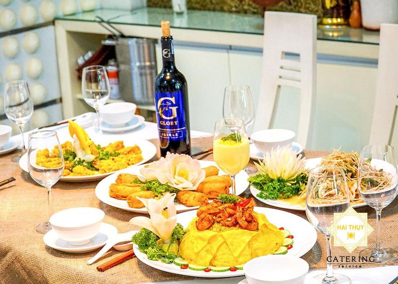 Tiệc ngon chuẩn vị, trọn phút sum vầy - Đặt tiệc gia đình Hai Thụy Catering